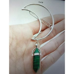 Accessories - GREEN BOHO STONE HAIR BARRETT